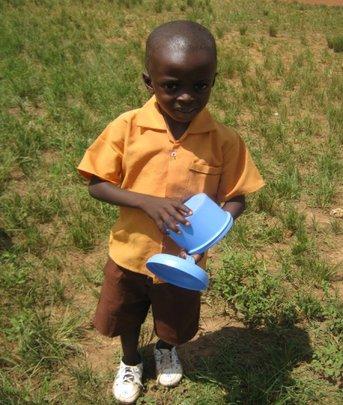 Kontomire feeds school children