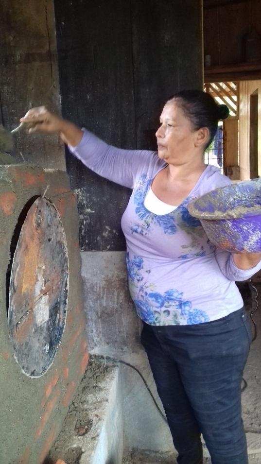 Teamwork Brings Ovens to La Venada